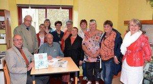 Jacques BLANKEN 04 avec les anciens de l'usine PAULET